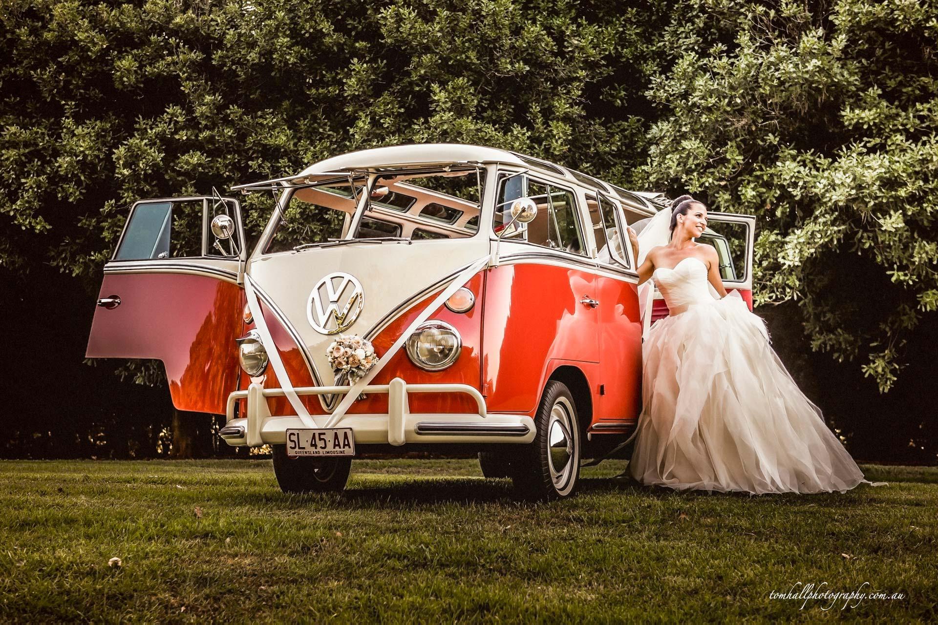 Deluxe Kombi Service's Maleny wedding car